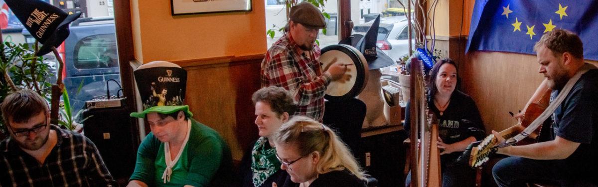 [2018-05-19] Nachts beim BAT – irische Lesung mit NarrenMond