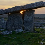 Poulnabrone-Dolmen, The Burren, County Clare